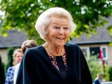 Prinses Beatrix opent officieel molen in Zuidwolde