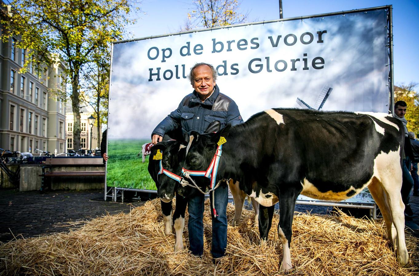 Ex-staatssecretaris van Economische Zaken en Landbouw Henk Bleker in 2018 op het Plein voor de Tweede Kamer. Daar demonstreerde hij tegen het beleid van zijn opvolger Carola Schouten.