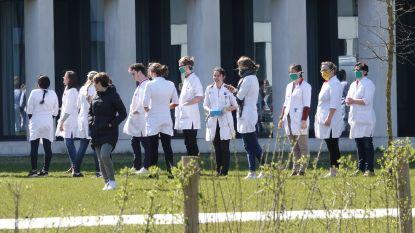 """Alle 3.800 medewerkers van ziekenhuis AZ Groeninge krijgen cadeaubon van 25 euro: """"Te spenderen in winkelcentrum K"""""""