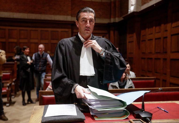 Advocaat Kris Luyckx pleitte vanmorgen voor de jeugdrechter op het hof van beroep. Beeld EPA