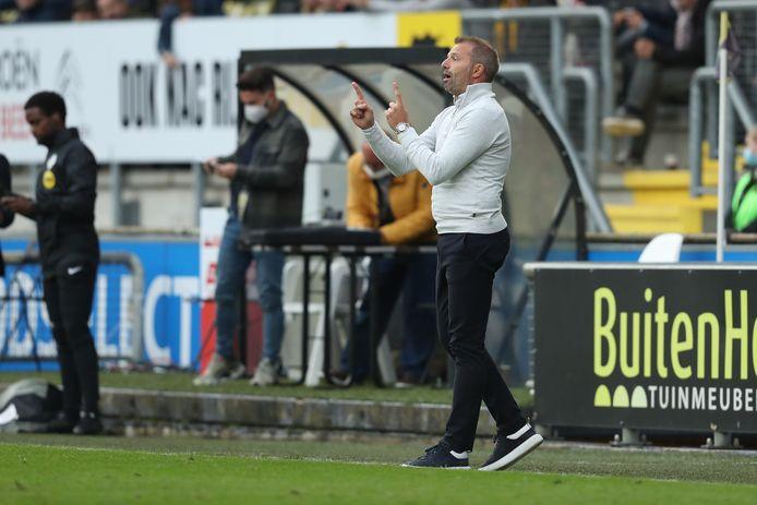 Maurice Steijn wil vanavond tegen Almere City weer op de bank zitten bij NAC.