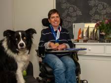 Vera uit Harderwijk wint, ondanks haar handicap, wereldtitel bij zeilen: 'Op de boot was ik opeens een gewoon mens'