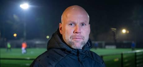 Van Meegdenburg ook volgend seizoen assistent-trainer bij GVVV