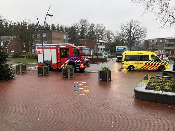 Hulpdiensten bij station Deurne na melding van onwelwording.