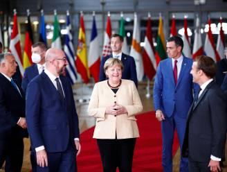 Europese leiders geven afscheidnemende Merkel staande ovatie