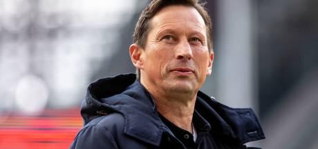 Roger Schmidt bouwt aan een zelfregulerend PSV: 'Het beste is als een team zelf de cultuur bewaakt'