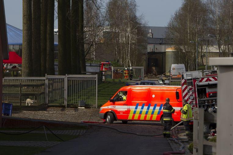 De hulpdiensten aan slachthuis De Brauwer.