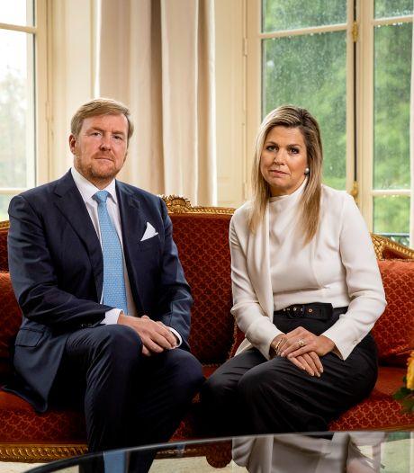 Koninklijke knieval is een trendbreuk met Willem-Alexanders voorgangers