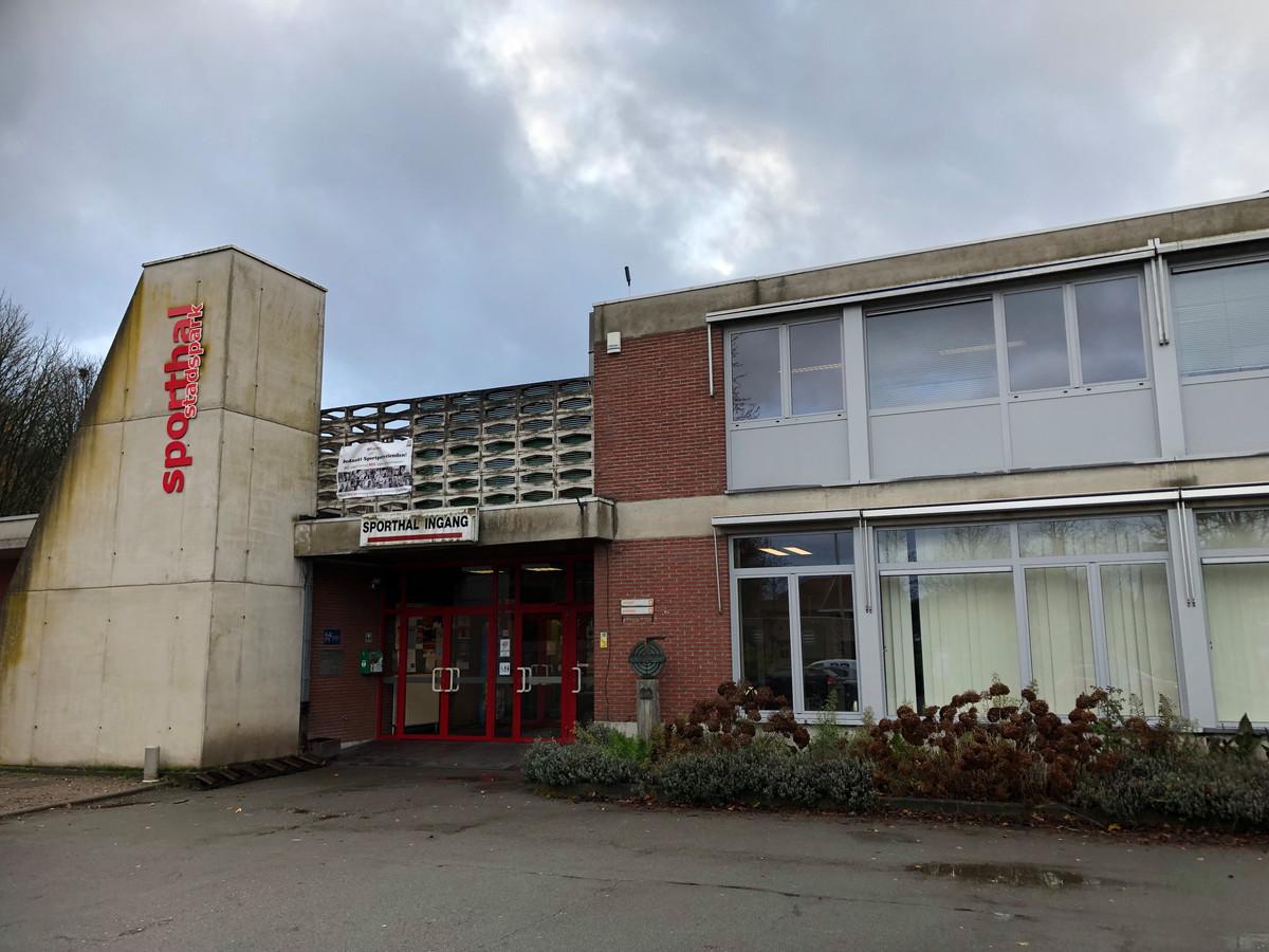 De huidige sporthal in het Stadspark in Turnhout.
