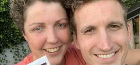 Boerin Steffi en haar Roel verwachten hun eerste kindje