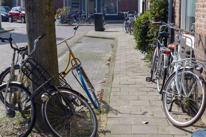 De strenge regels voor studentenhuizen in Eindhoven zorgen ervoor dat er straks een groot aantal studenten op straat komt te staan.