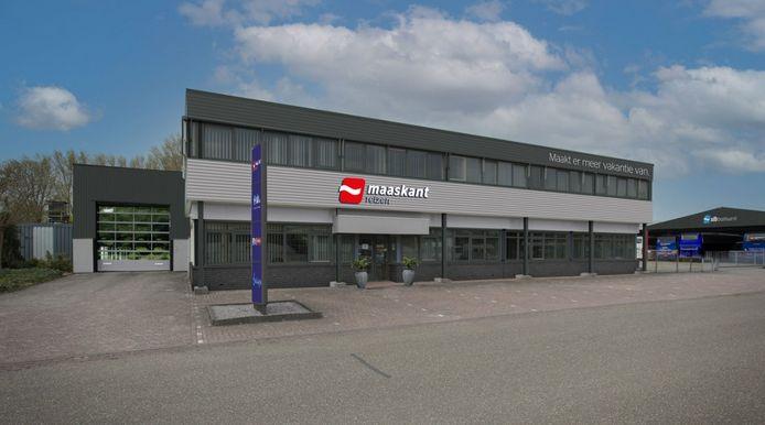 Het nieuwe onderkomen van Maaskant Reizen aan het Wargaren in Lith.