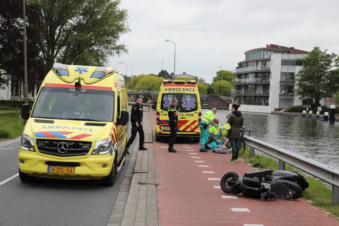 Scooterrijder en fietser gewond bij aanrijding Jan Thijssenweg in Rijswijk.
