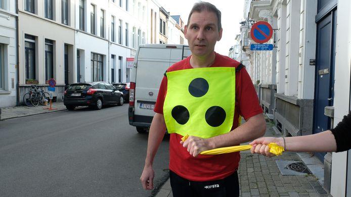 Yannick is blind maar loopt mee de 5 km