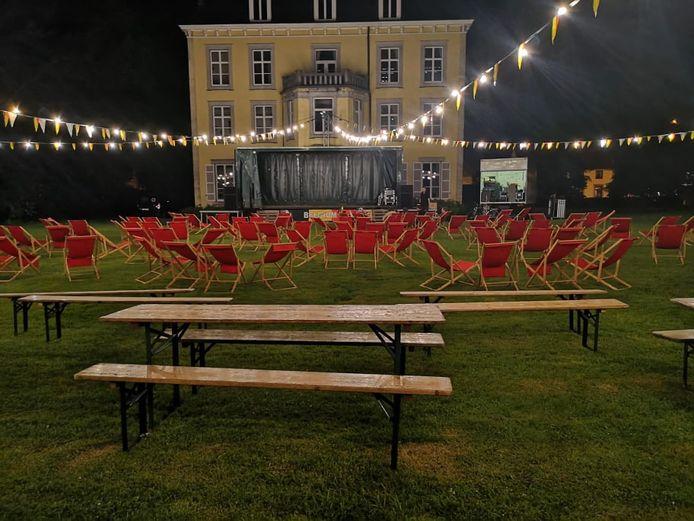 Zaterdag kunnen hier 200 voetbalgekke Limburgers een klein feestje bouwen.