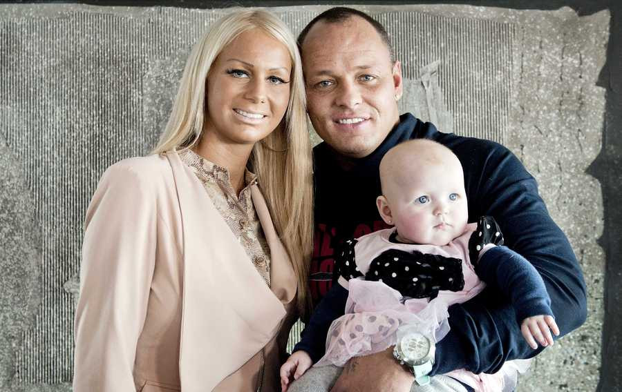 Barbie, Michael en dochter Angelina.