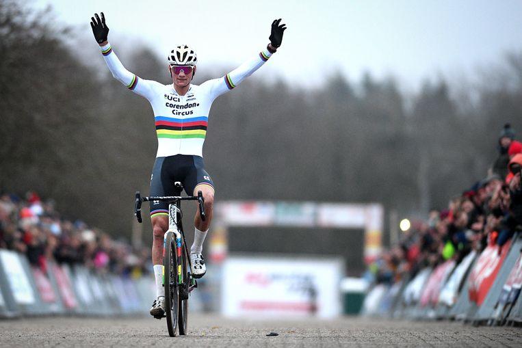 Van der Poel won vandaag opnieuw in Sint-Niklaas.