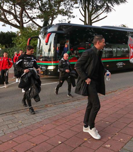 Meijer krijgt bal vol in gezicht tijdens bekerduel NEC: 'Goed verhaal voor op een verjaardag'
