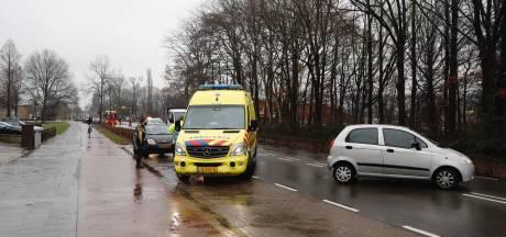 Geen gewonden bij botsing tussen twee auto's in Mill