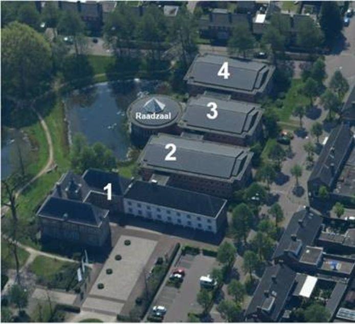 Een overzicht van het bestuurscentrum van Meierijstad. Het college wil de raadzaal verplaatsen naar deel 2. En deel 3 en 4 plus de huidige raadzaal afstoten.