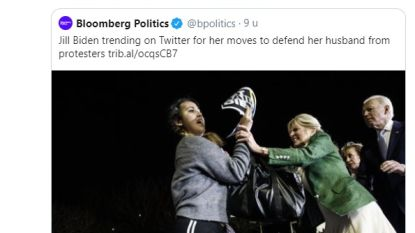 Virale beelden tonen hoe Jill Biden zich voor echtgenoot werpt en actievoerder onverschrokken van podium afhoudt