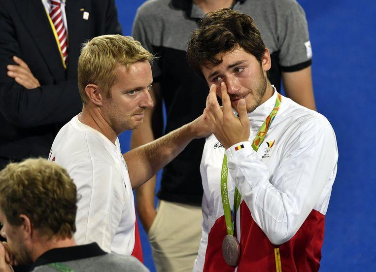 De jonge Arthur Van Doren kan zijn tranen amper bedwingen na de met 4-2 verloren finale. Beeld BELGA
