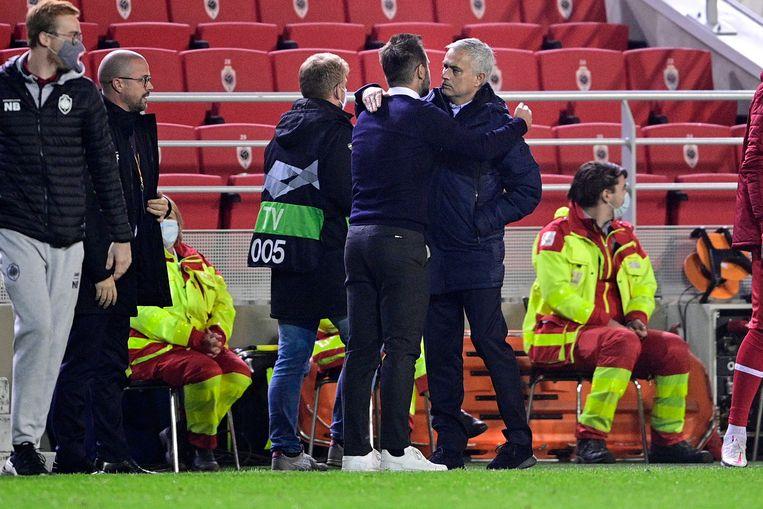 Leko groet José Mourinho in de Europa League.