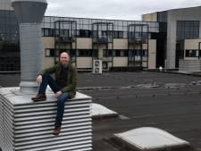 Ben (65) legt dak van zijn fitnessclub vol zonnepanelen: 'Ik heb er straks een ton mee verdiend'