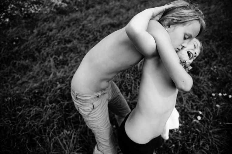 Eerste prijs Mensen - Portret<br /><br />Hannah en Alena, twee Oostenrijkse zusjes Beeld Carla Kogelman