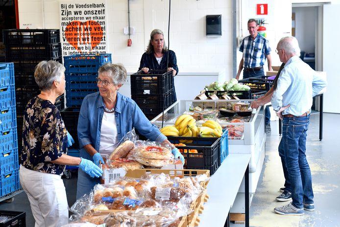 Bij de Amersfoortse voedselbank melden zich klanten met zorgen over de verlaagde bijstandstoeslag