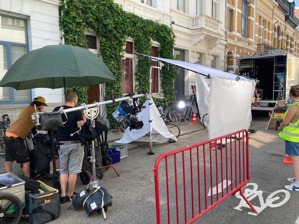 Filmopnames in de Belpairestraat met Edgard 'Carry' Goossens.