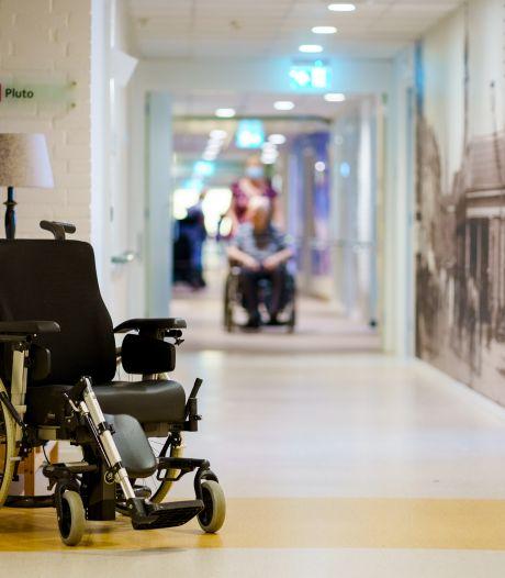 Verpleeghuis ontsteld na misbruik 88-jarige: 'Hier liep een zwart schaap rond, daar kun je je niet tegen wapenen'