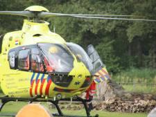 Traumahelikopter rukt uit voor incident bij manege in Woudenberg