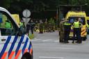 Hulpdiensten bij een militair oefenterrein in Ossendrecht op 19 juni 2019. Veertien leerlingen raakten gewond door een blikseminslag.