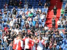 Aboutaleb dreigt met wedstrijden zonder supporters als het weer mis gaat in Kuip
