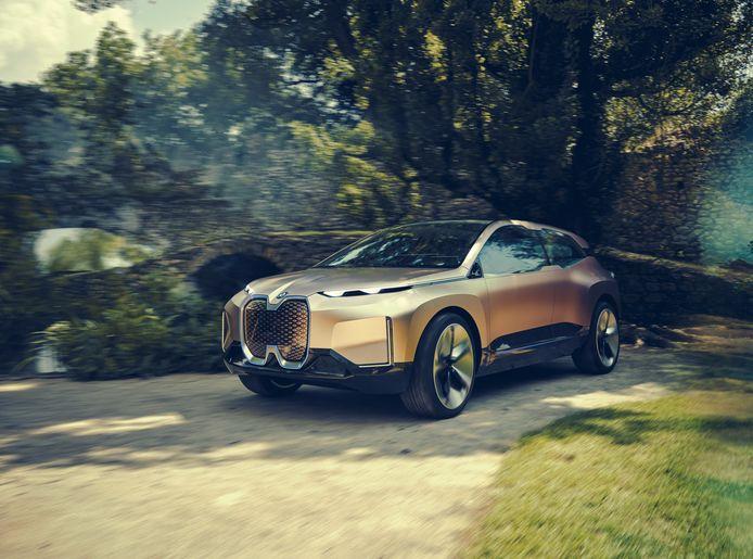De iNext, waarvan tot nu toe alleen prototypes zijn getoond, wordt de eerste volledig zelfrijdende BMW.