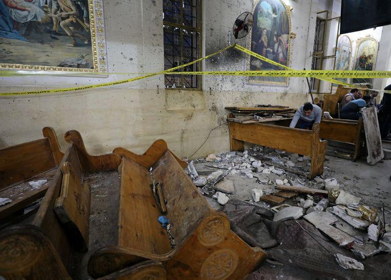 In een koptische kerk in Tanta, ten noorden van Caïro, vielen meer dan 25 doden. Beeld REUTERS