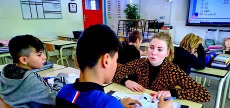 Dordtse middelbare school laat basisschoolleraar invliegen om leerachterstand weg te werken bij brugklassers