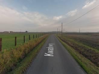Motorrijder (51) in levensgevaar na zware crash in sloot