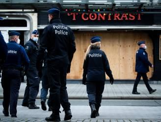 """""""Er zijn meer politieagenten dan betogers"""": gevreesde coronarellen blijven voorlopig uit"""