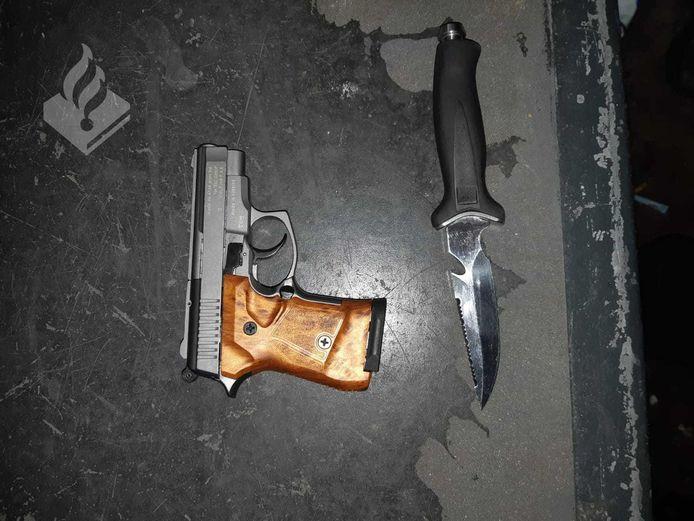 De in beslag genomen wapens