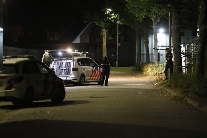Mannen proberen bedrijf in Heerle binnen te dringen