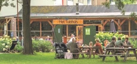 De bibliotheek in Sterrenburg gaat verhuizen: 'Gratis parkeren en voorlezen tussen de bomen in het park'