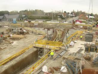 Nieuwe fase in werken aan balkonrotonde langs Natiënlaan