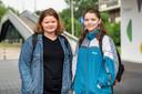 Celina Gerritsen (links) en Colinda van der Meer: 'Ik heb gehoord dat er veel rotzooi in zit'