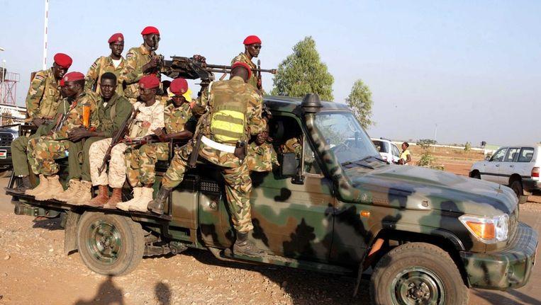 Zuid-Soedanese militairen in Juba. Beeld epa
