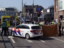 Man overlijdt na arrestatie op Rijswijkseplein
