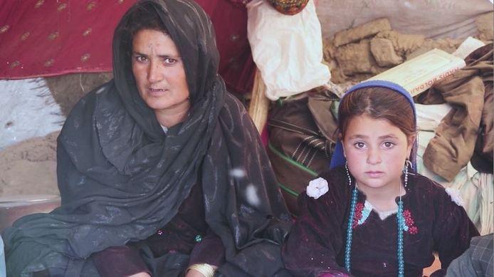 Mamareen met haar dochter Akila.