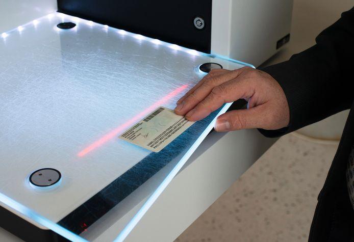 Voortaan kan je boeken ontlenen met je elektronische identiteitskaart.