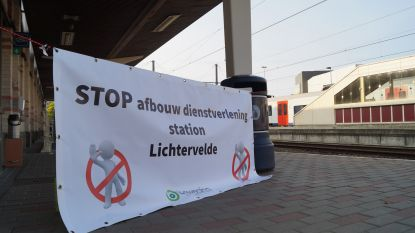 Actie tegen mogelijke afbouw stationspersoneel Lichtervelde